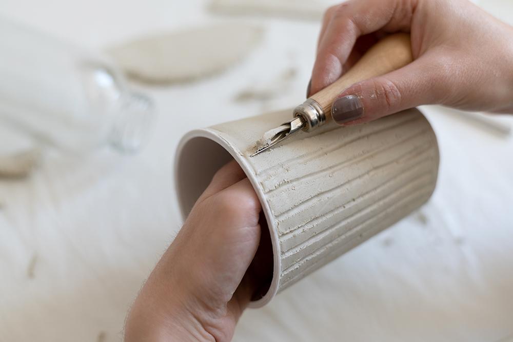 Modelliermasse: Topf mit Struktur selber machen | we love handmade