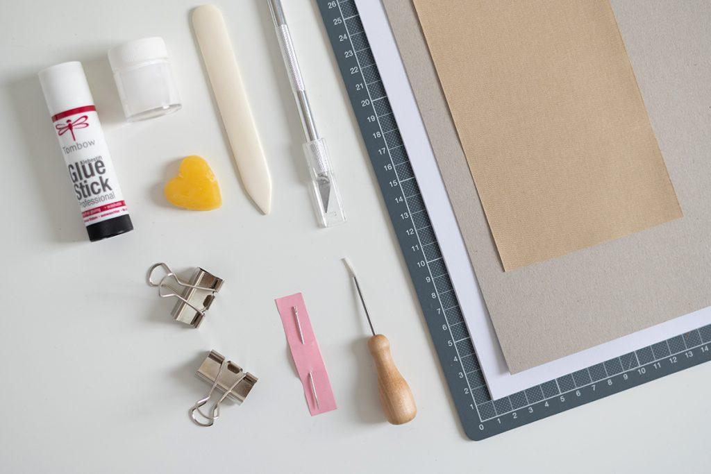 Buchbinder-Werkzeug | we love handmade
