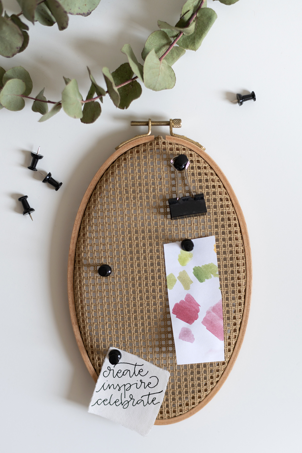 Stramin-Pinnwand DIY   we love handmade