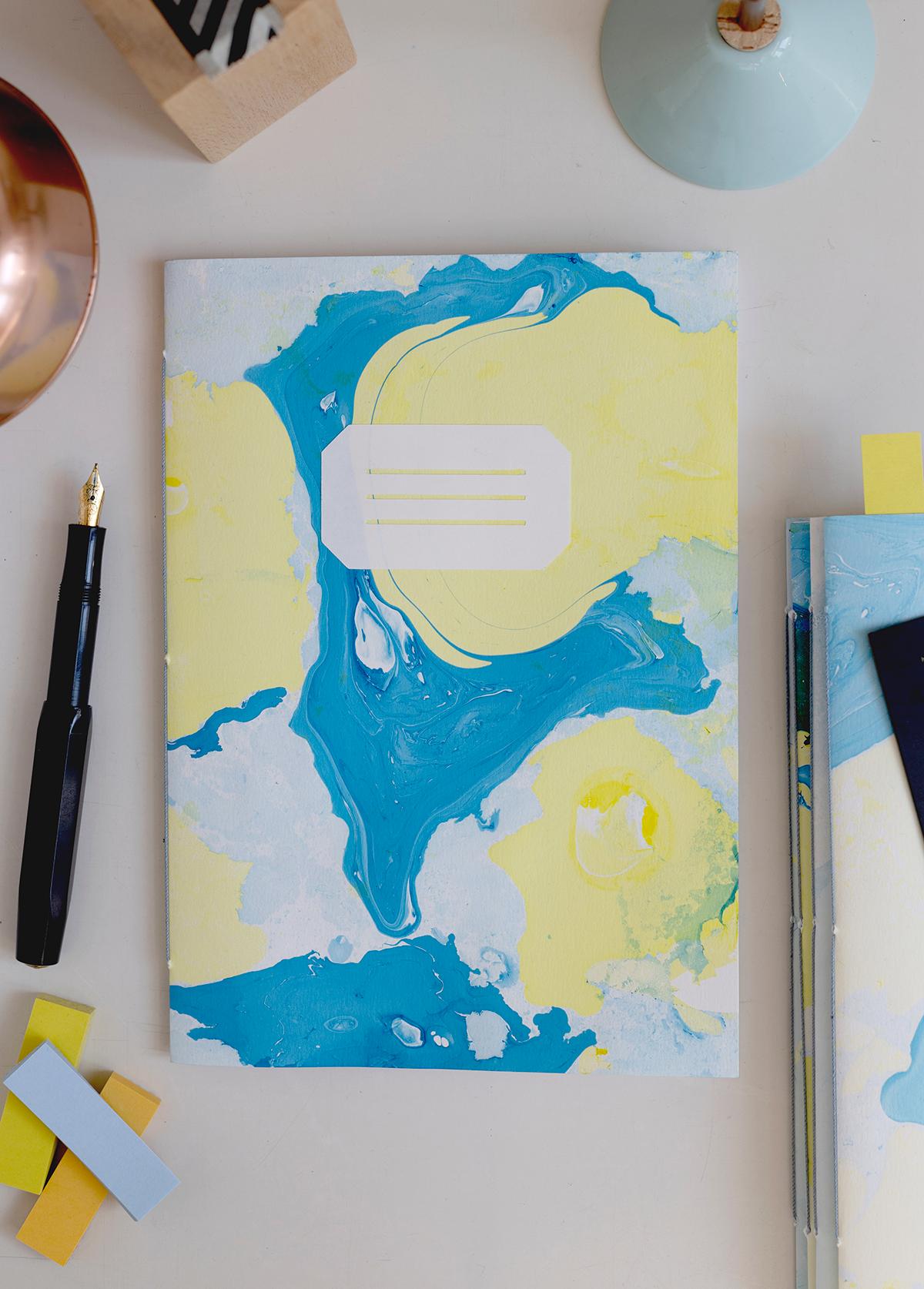 Selber machen: Papier marmorieren - DIY-Anleitung | we love handmade